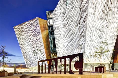 Bid to bring Titanic artefacts to the UK