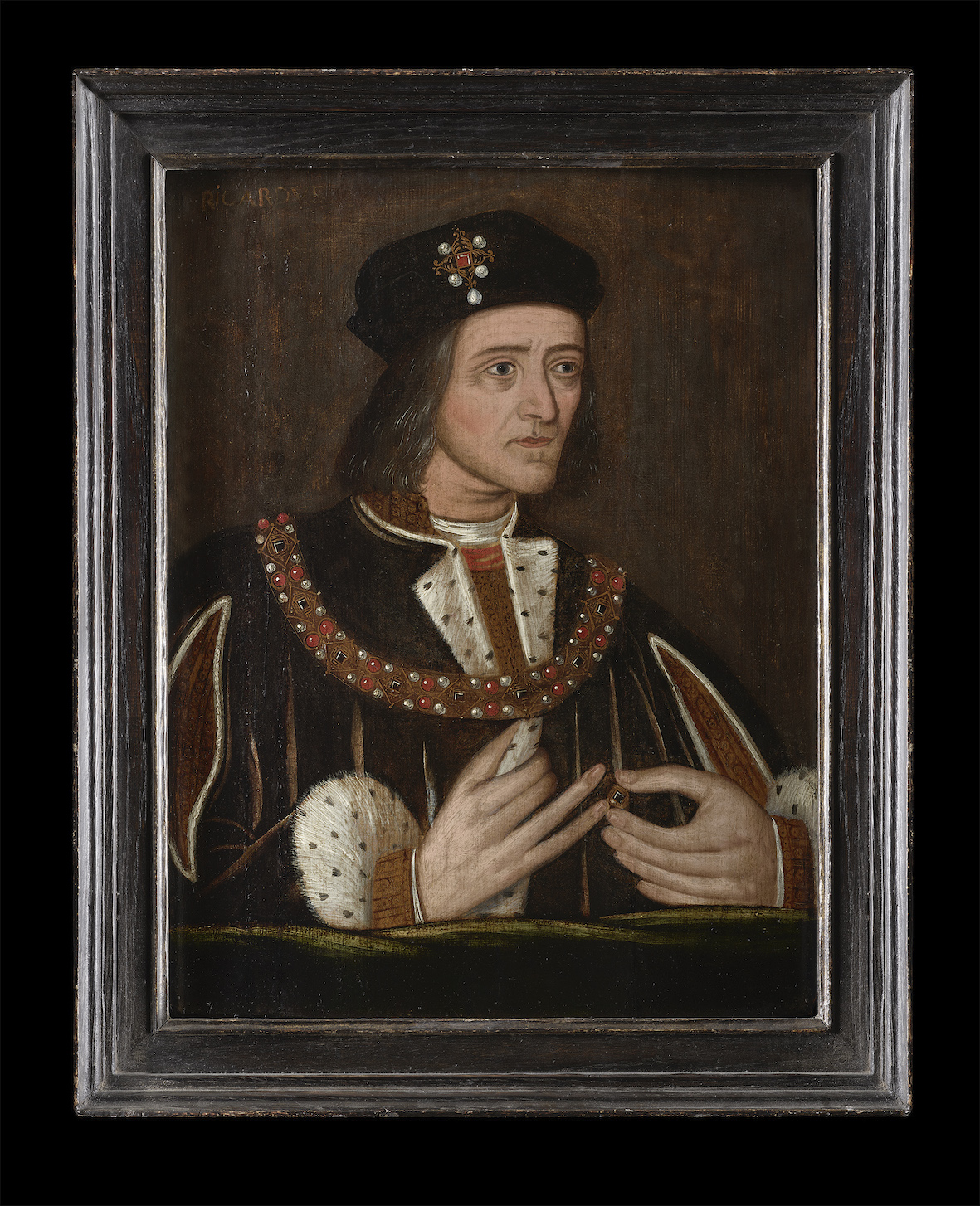 Richard III makes first public appearance