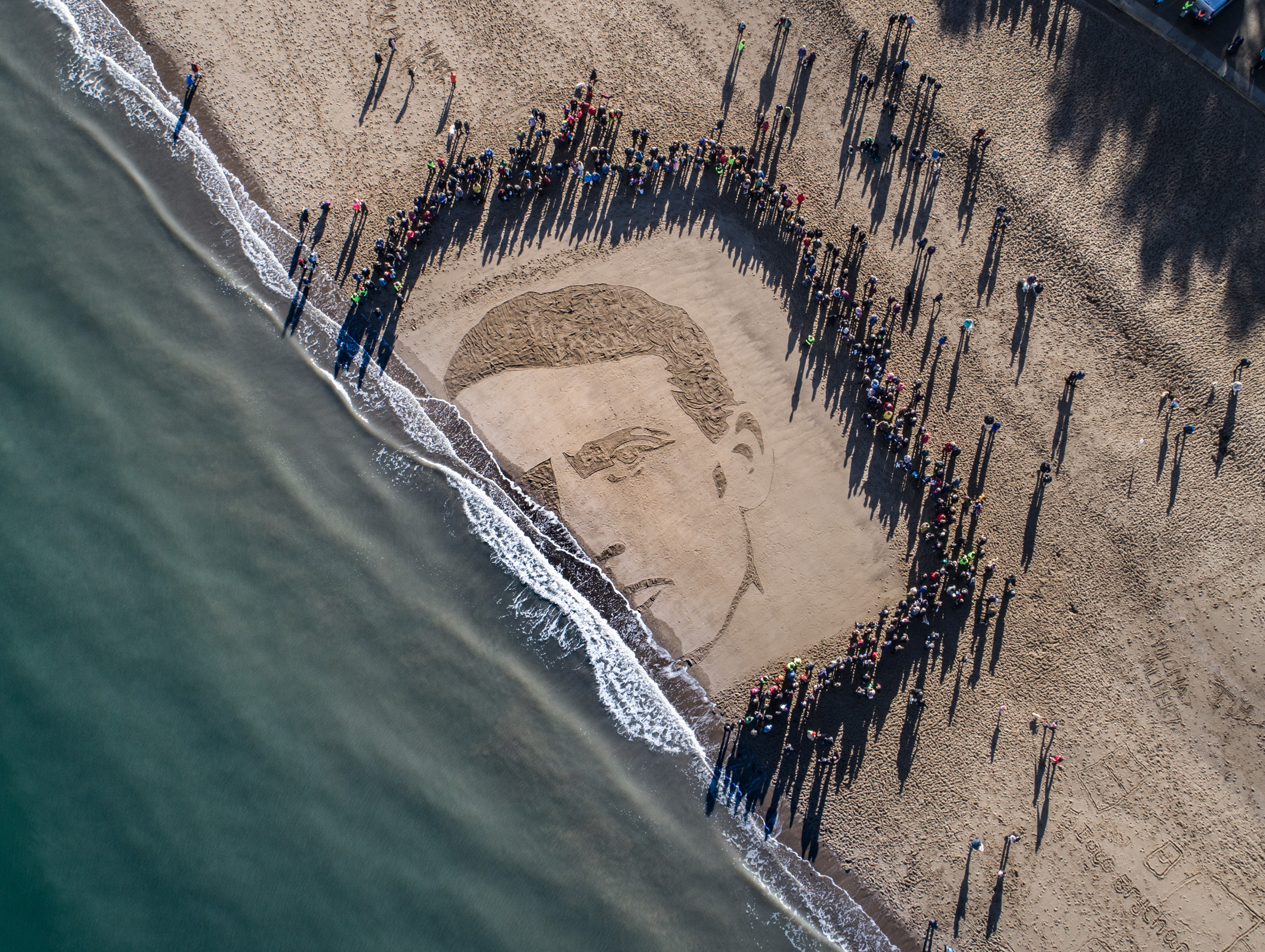 Boyle's Remembrance Day beach homage