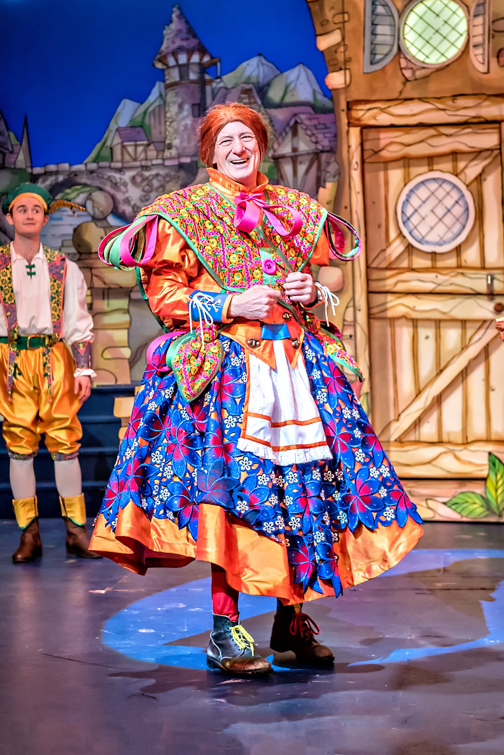 Panto row leads to theatre split