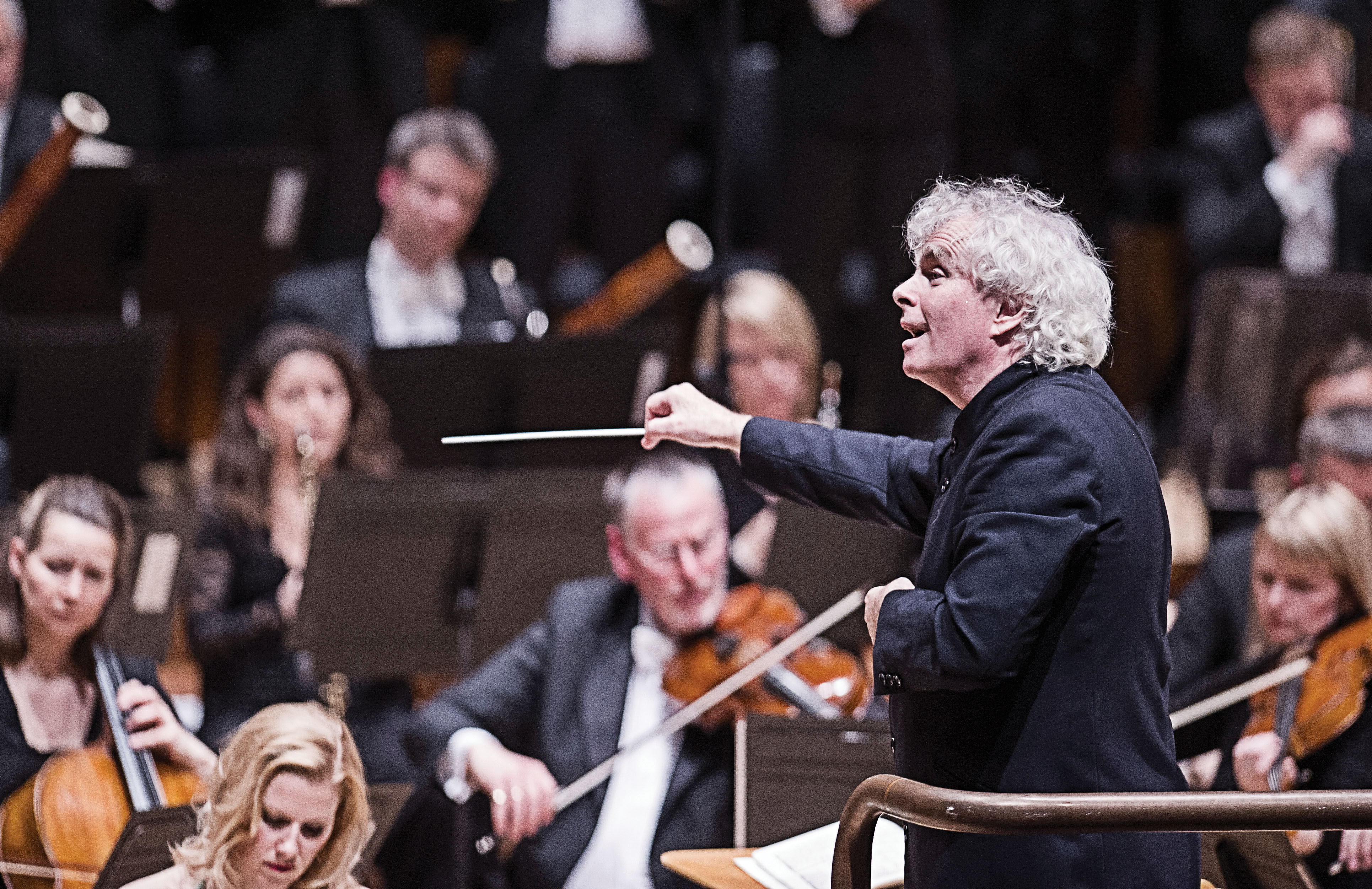 Rattle to leave LSO