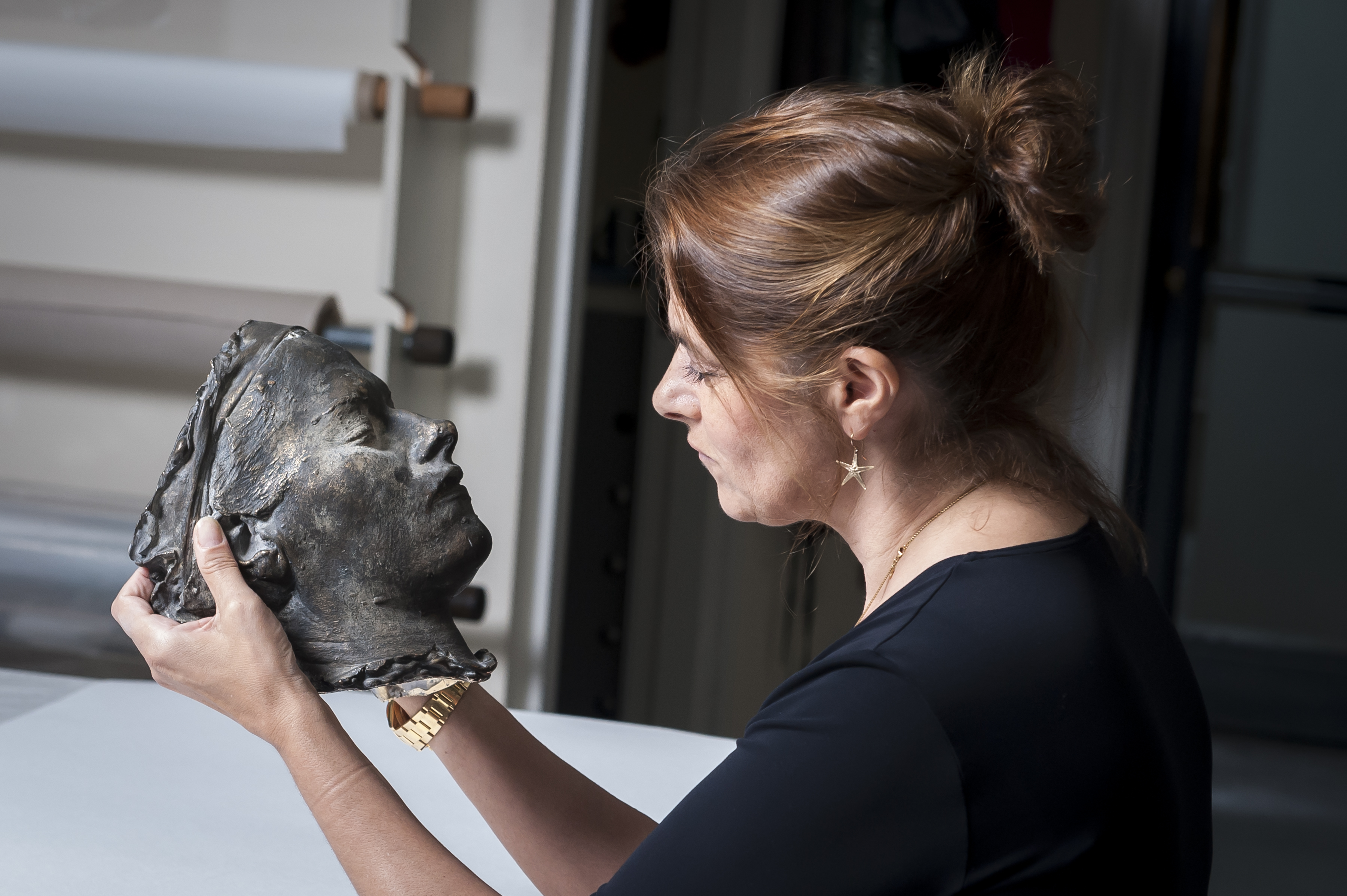 NPG acquires Tracey's 'death mask'